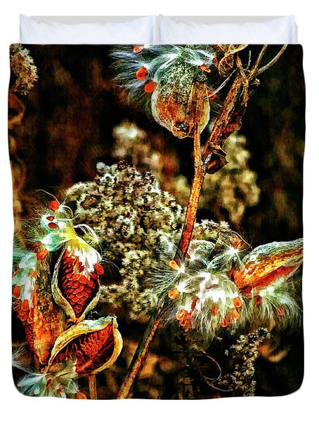 Queen Of The Ditches II Duvet Cover by Steve Harrington