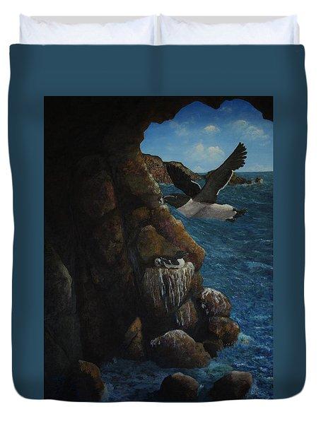 Razorbills Duvet Cover by Eric Petrie