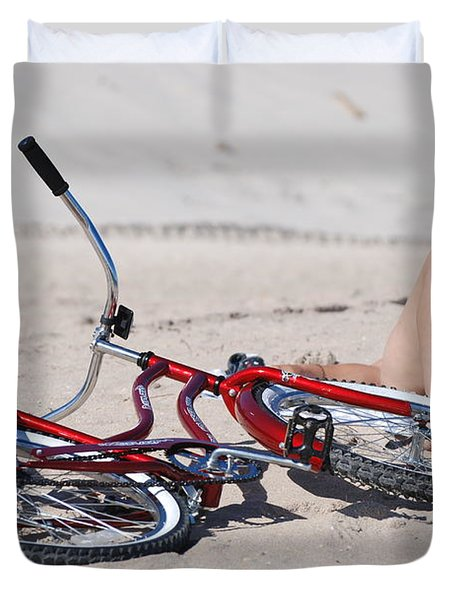 Red Bike On The Beach Duvet Cover by Rob Hans