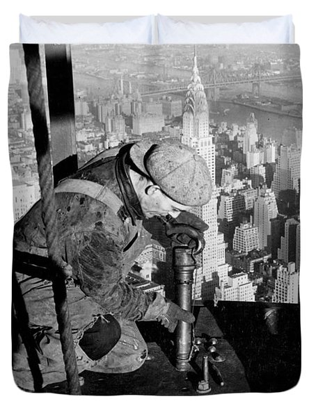 Riveters On The Empire State Building Duvet Cover by LW Hine