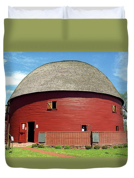 Route 66 - Round Barn Duvet Cover by Frank Romeo