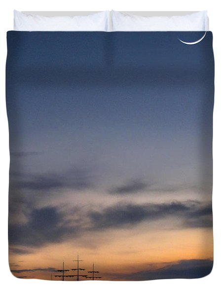 Sailing To The Moon Duvet Cover by Mike McGlothlen