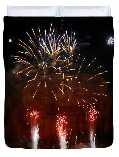 Shooting The Fireworks Duvet Cover by David Lee Thompson