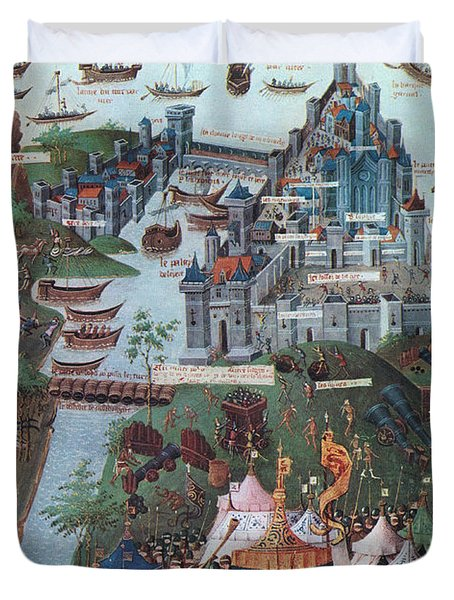 Siege Of Constantinople, 1453 Duvet Cover by Photo Researchers
