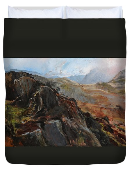 Sketch In Snowdonia Duvet Cover by Harry Robertson