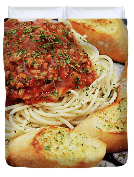 Spaghetti And Meat Sauce With Garlic Toast  Duvet Cover by Andee Design