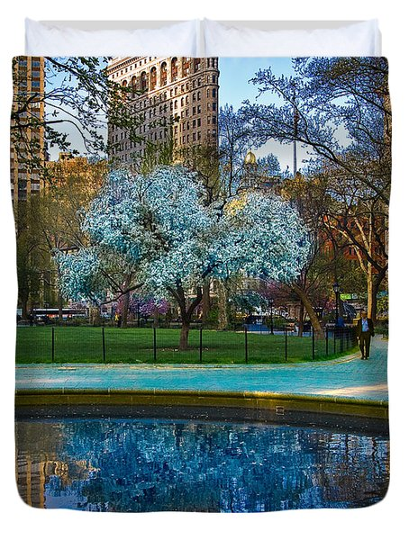 Spring In Madison Square Park Duvet Cover by Chris Lord