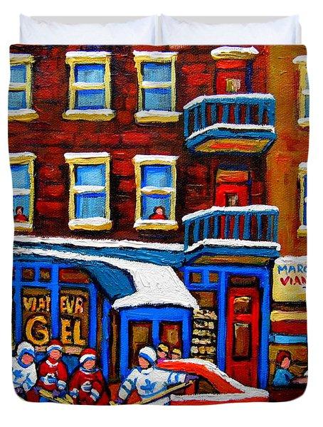 St Viateur Bagel With Hockey Montreal Winter Street Scene Duvet Cover by Carole Spandau