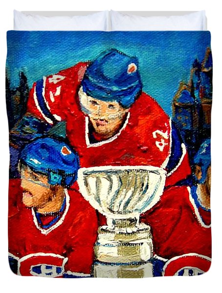 STANLEY CUP WIN IN SIGHT PLAYOFFS   2010 Duvet Cover by CAROLE SPANDAU