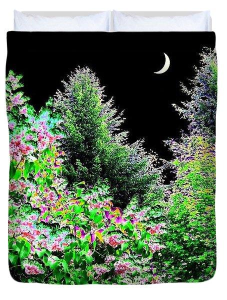 Still Of The Night Duvet Cover by Will Borden