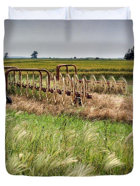 Storm Across the Prairie Duvet Cover by Douglas Barnett