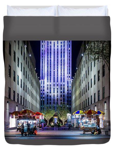 Duvet Cover featuring the photograph Rockefeller Center by M G Whittingham