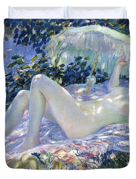 Sunbathing Duvet Cover by Frederick Carl Frieseke