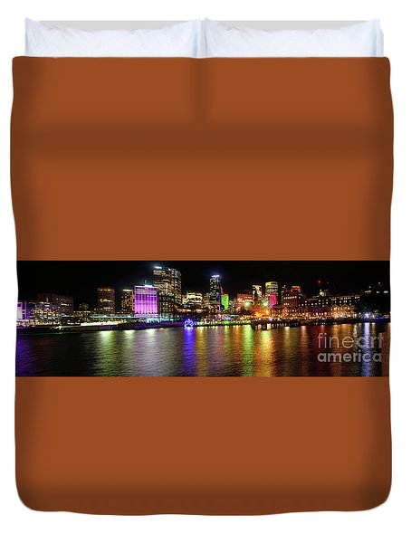 Sydney Skyline By Kaye Menner Duvet Cover by Kaye Menner