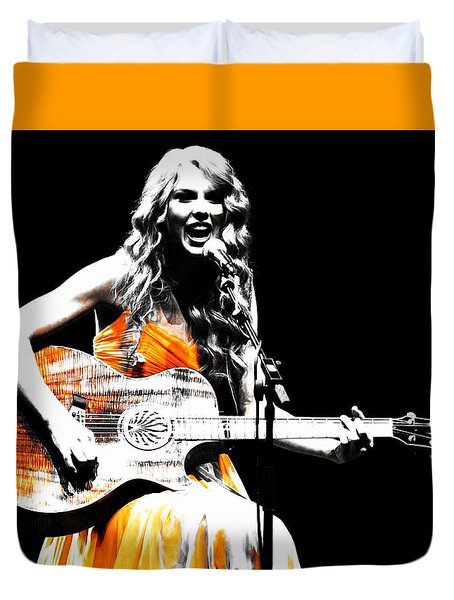 Taylor Swift 9s Duvet Cover by Brian Reaves