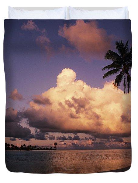 Tetiaroa Duvet Cover by Larry Dale Gordon - Printscapes