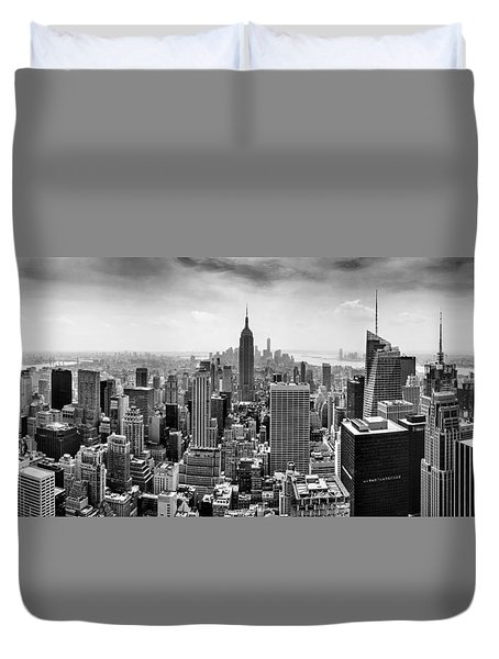 New York City Skyline Bw Duvet Cover by Az Jackson