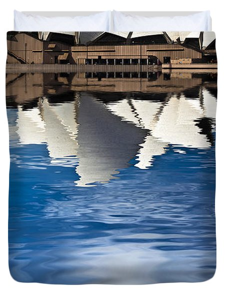 The iconic Sydney Opera House Duvet Cover by Sheila Smart