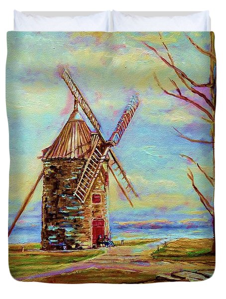 The Ile Perrot Windmill Moulin Ile Perrot Quebec Duvet Cover by Carole Spandau