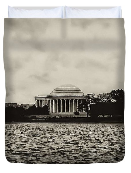 The Jefferson Memorial Duvet Cover by Bill Cannon