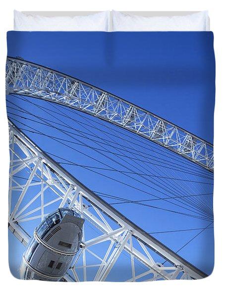 The London Eye, Close-up Duvet Cover by Simon Kayne