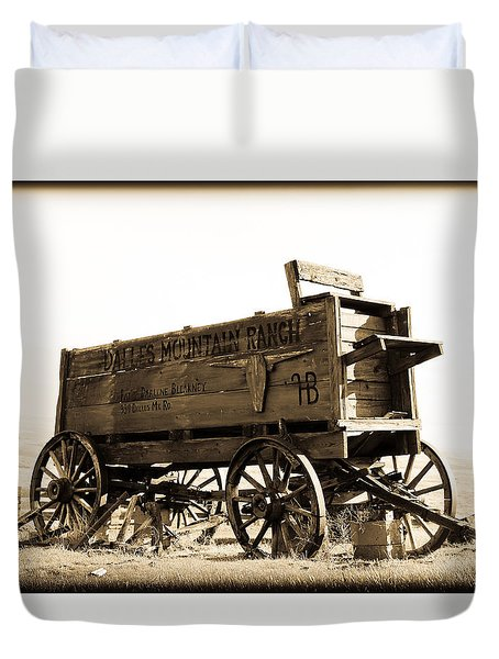 The Old Wagon Duvet Cover by Steve McKinzie