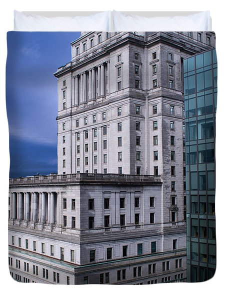 The Sunlife Building In Montreal Duvet Cover by Lisa Knechtel