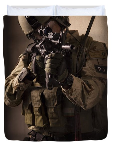 U.s. Air Force Csar Parajumper Armed Duvet Cover by Tom Weber