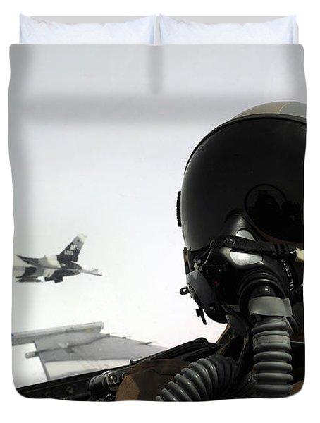 U.s. Air Force Pilot Takes Duvet Cover by Stocktrek Images