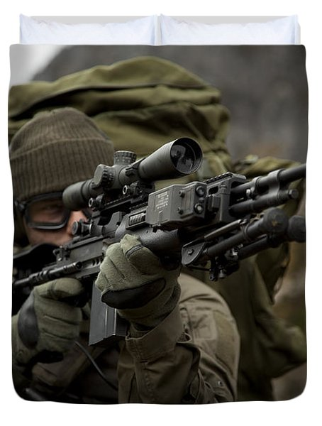 U.s. Special Forces Soldier Armed Duvet Cover by Tom Weber