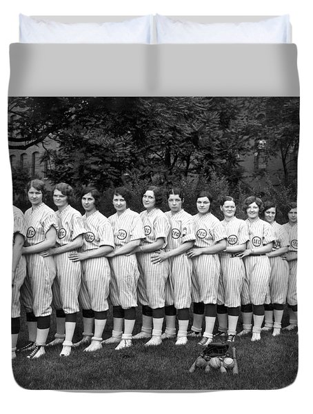 Vintage Photo Of Women's Baseball Team Duvet Cover by American School