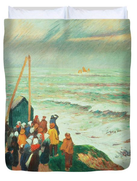 Waiting For The Return Of The Fishermen In Brittany Duvet Cover by Henry Moret