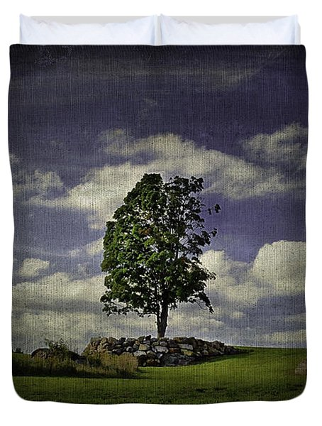 Wake Me Up When September Ends Duvet Cover by Evelina Kremsdorf