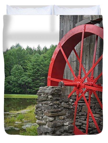 Water Wheel Vermont Duvet Cover by Edward Fielding