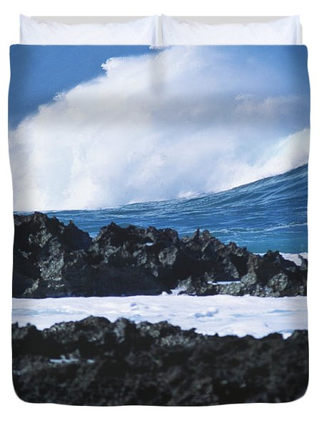 Waves And Rocks Duvet Cover by Kyle Rothenborg - Printscapes
