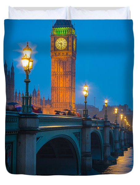 Westminster Bridge At Night Duvet Cover by Inge Johnsson