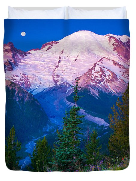 White River Predawn Duvet Cover by Inge Johnsson