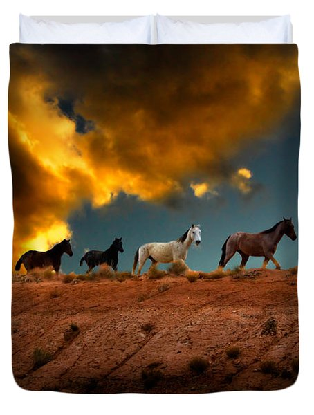 Wild Horses At Sunset Duvet Cover by Harry Spitz