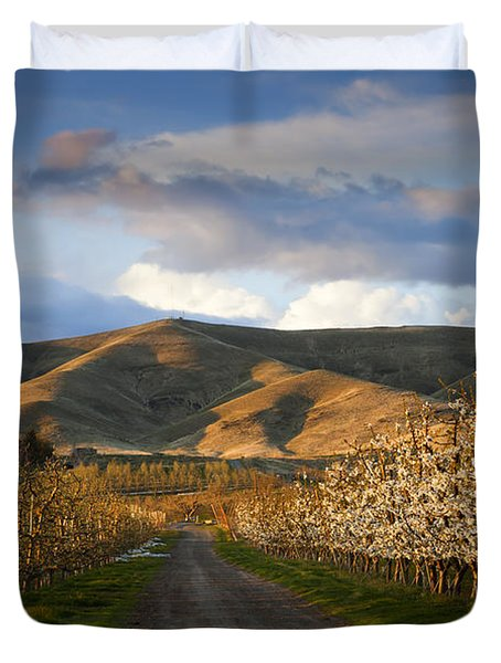 Yakima Valley Spring Duvet Cover by Mike  Dawson