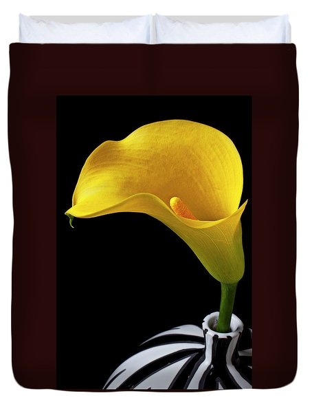 Yellow Calla Lily In Black And White Vase Duvet Cover by Garry Gay