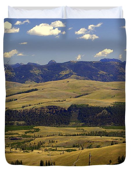 Yellowstone Vista 2 Duvet Cover by Marty Koch
