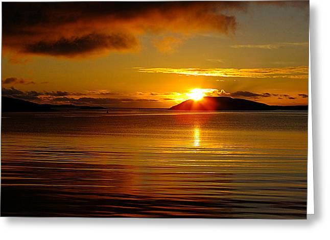 Reflection Of Sun In Clouds Greeting Cards - Beauty Of The Golden Sunset Greeting Card by Anne Macdonald