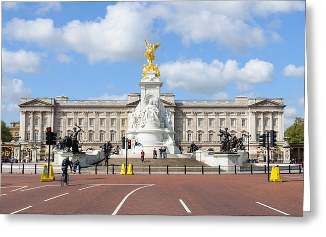 Buckingham Palace In London Greeting Card by Dutourdumonde Photography