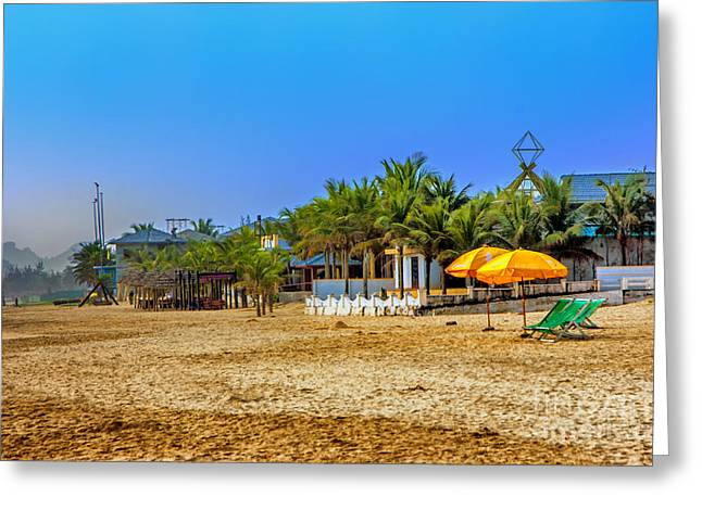 China Beach Greeting Cards - China Beach Greeting Card by Roberta Bragan