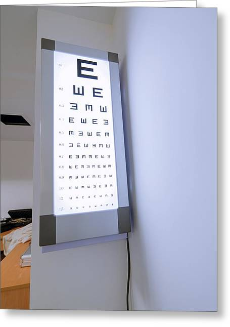 Wall-mounted Greeting Cards - Eye test chart Greeting Card by Science Photo Library