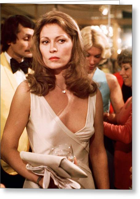 Dunaway Greeting Cards - Faye Dunaway Greeting Card by Silver Screen
