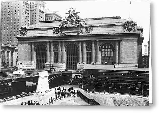 Wintry Photographs Greeting Cards - Grand Central Station Greeting Card by Underwood Archives