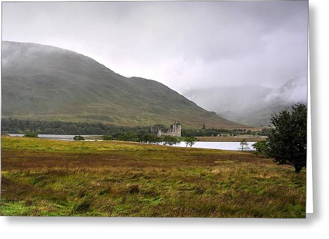 Kilchurn Castle Greeting Card by Paul Williams