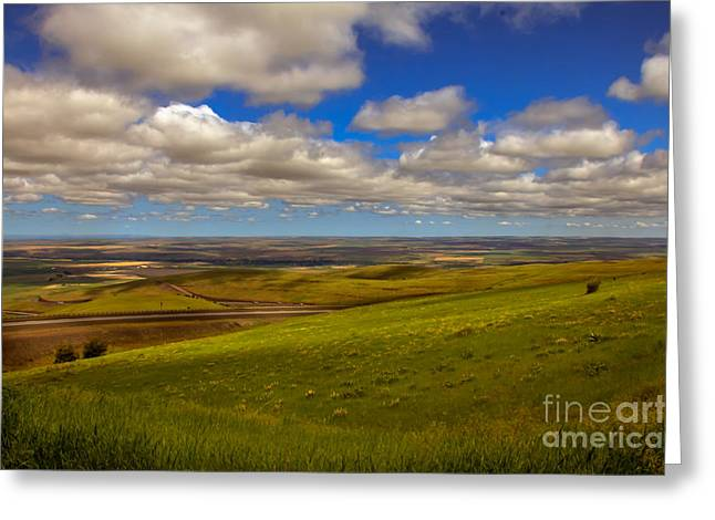 Picturesqueness Greeting Cards - Pendleton Valley Greeting Card by Robert Bales