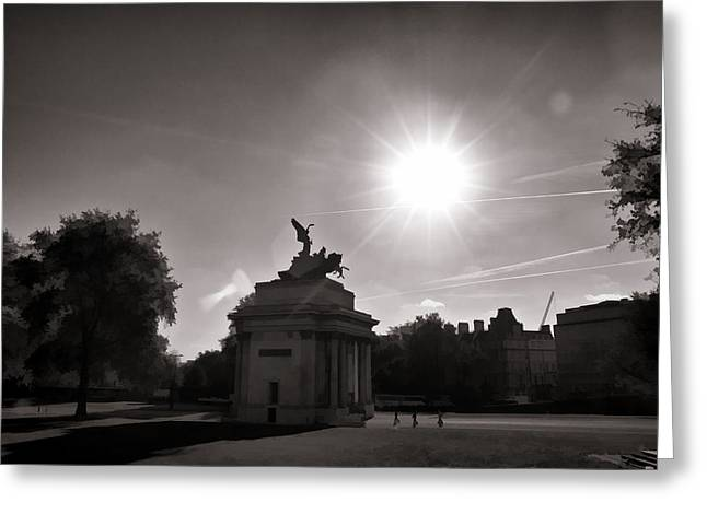 Angel Of Peace Greeting Cards - Statue of Angel of Peace atop the Wellington Arch Greeting Card by Ashish Agarwal